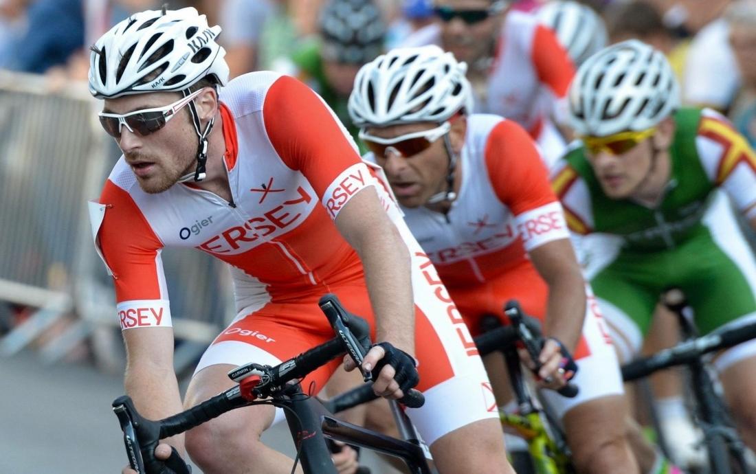 cycling-2-1600×1004-1-
