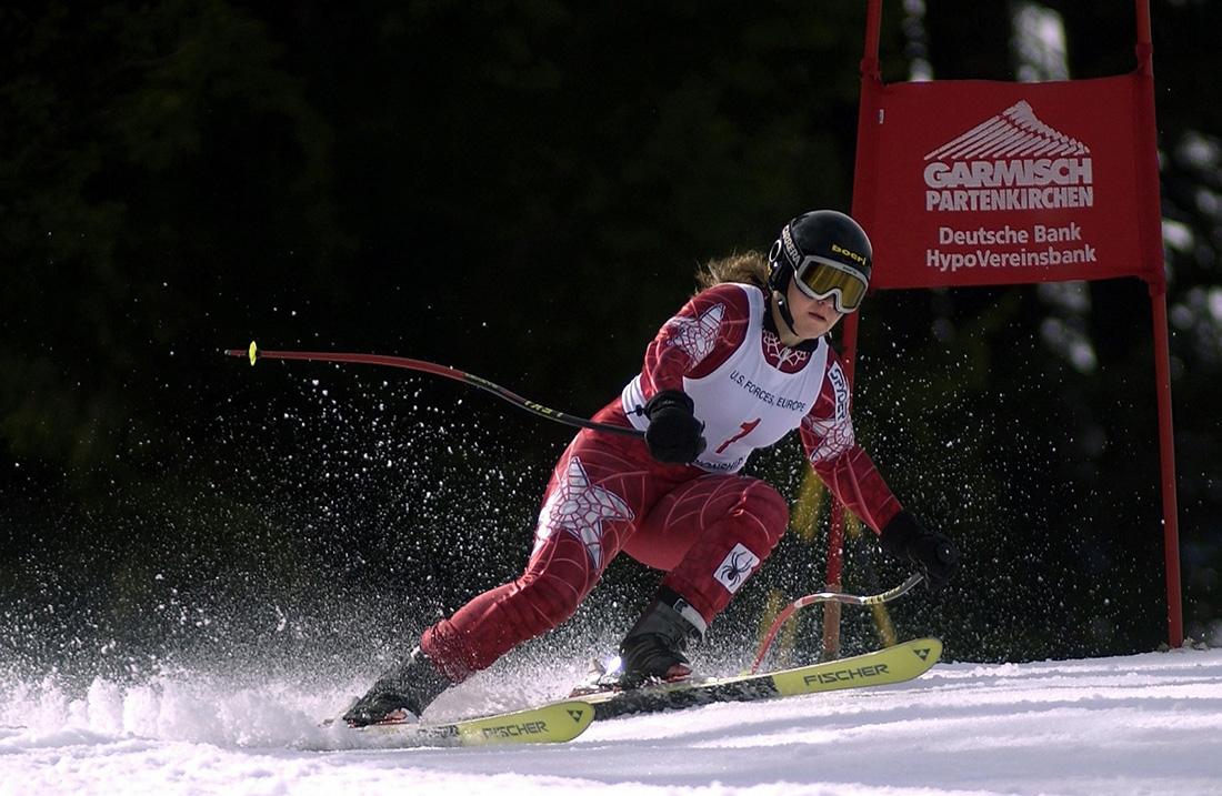skiing-1-1600×1043